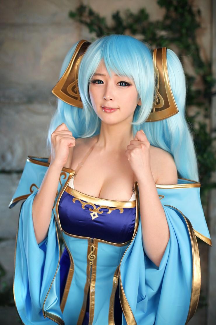 League of Legends Sona (2)