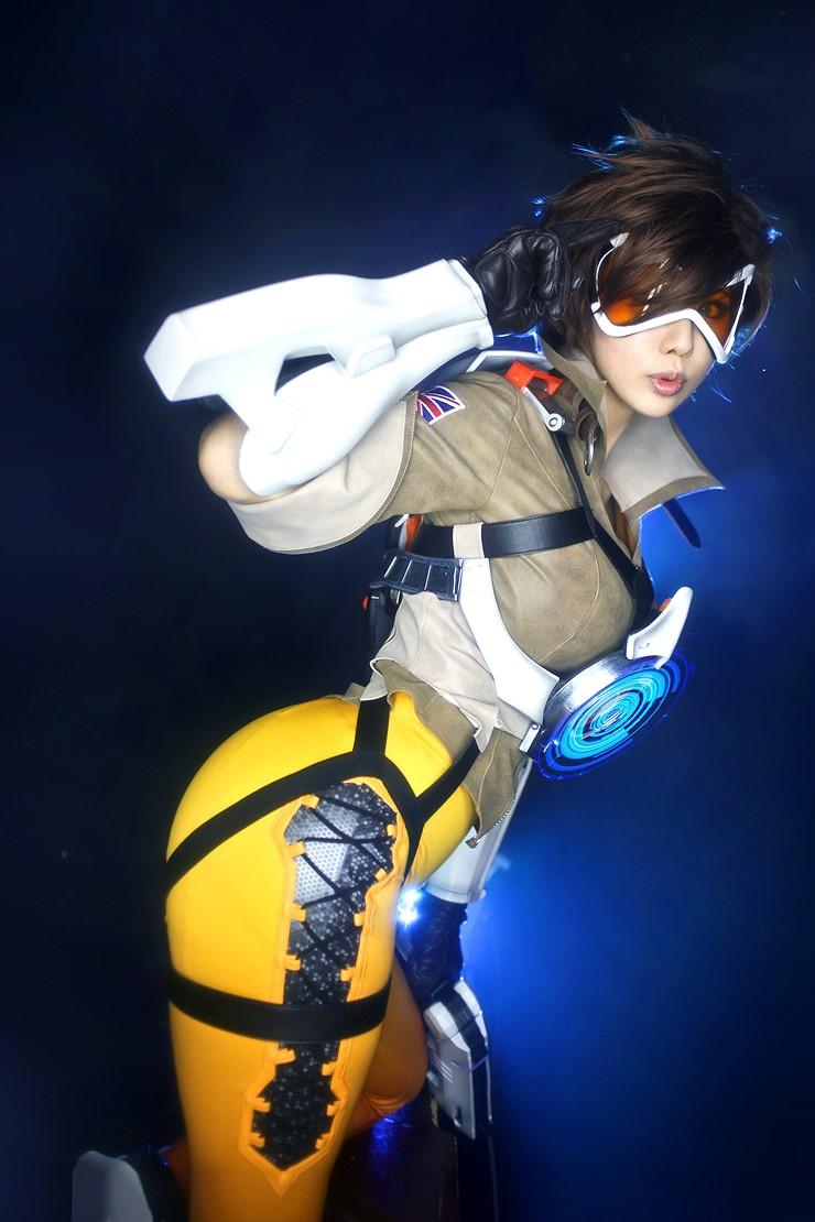 Tasha Overwatch Tracer (5)
