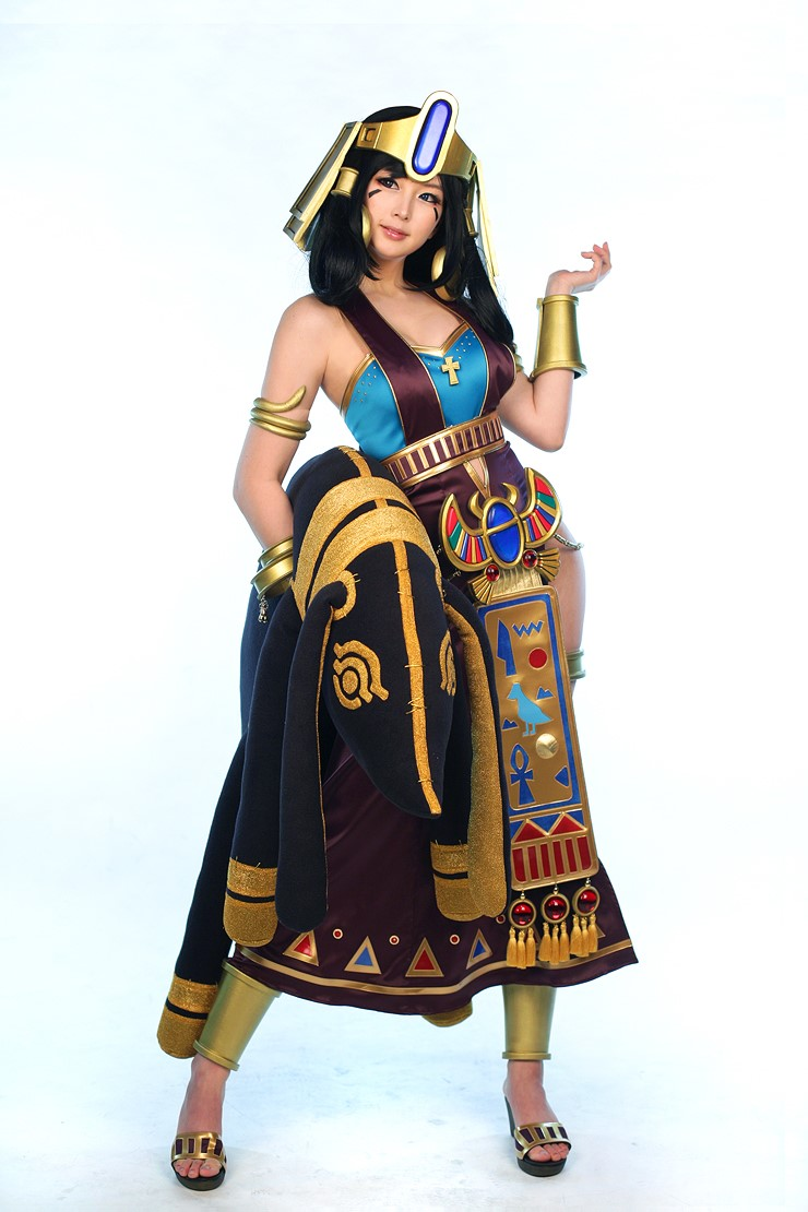 Nefertiti Doremi (4)