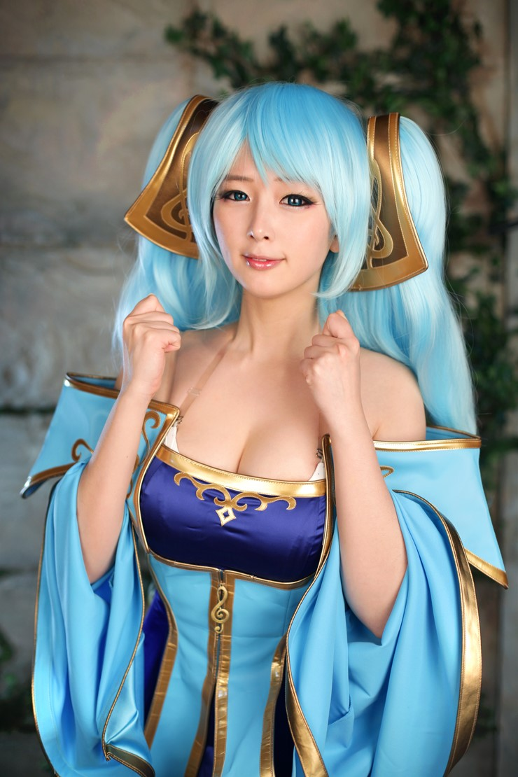 League of Legends Sona (2)
