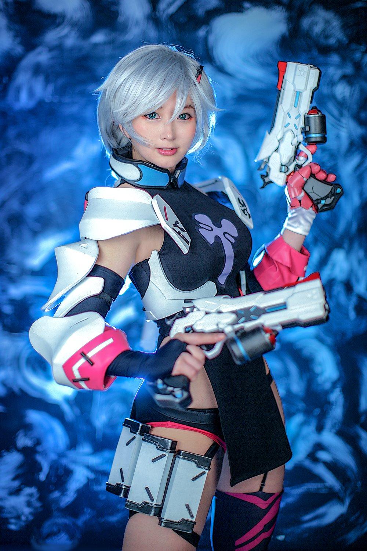 Honkai Impact 3rd cosplay